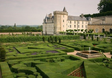 Châteaux of The Loire Valley